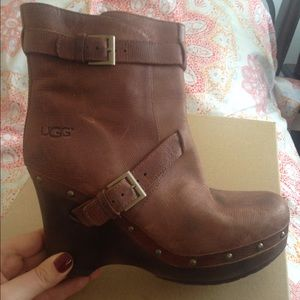 Shoes - Ugg wedge boots size 9